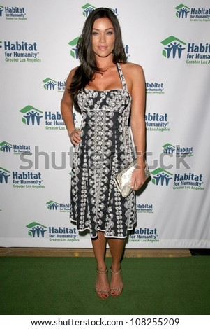 Jasmine Waltz  at the 'Building A Greater Los Angeles' Gala. Beverly Hilton Hotel, Beverly Hills, CA. 10-01-08