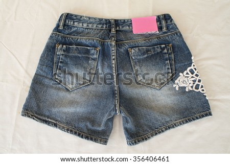 jean shorts it was fashionable for women