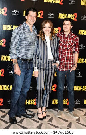 "Jeff Wadlow, Chloe Grace Moretz and Christopher Mintz Plasset attends a photocall to launch movie, ""Kick Ass 2"" at Claridges Hotel, London. 05/08/2013"