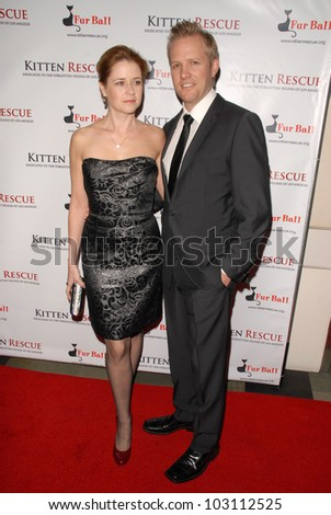 "Jenna Fischer and Lee Kirk at Kitten Rescue's ""Fur Ball at the Skirball"" celebrating 10,000 cats saved, Skirball Center, Los Angeles, CA. 12-05-09"