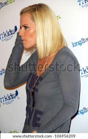 Jenny McCarthy  at the Launch party for 77kids clothing line by American Eagle. The Roxy, Los Angles, CA. 11-14-08
