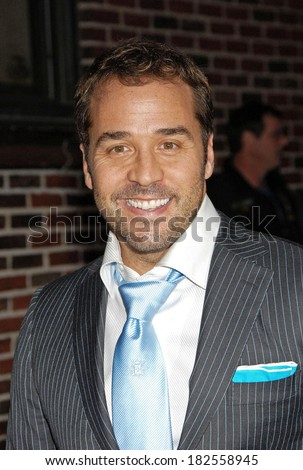 Jeremy Piven at talk show appearance for MON - The Late Show with David Letterman, Ed Sullivan Theater, New York, NY, October 06, 2008 - stock photo