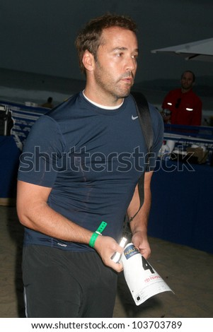 Jeremy Piven at the 23rd Annual Nautica Malibu Triathlon. Zuma Beach, Malibu, CA. 09-13-09