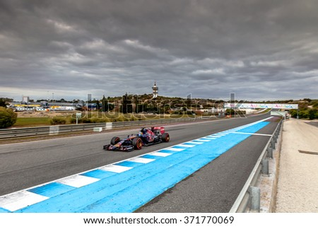JEREZ DE LA FRONTERA, SPAIN - FEB 03:  Carlos Sainz of Scuderia Toro Rosso F1 Team races 