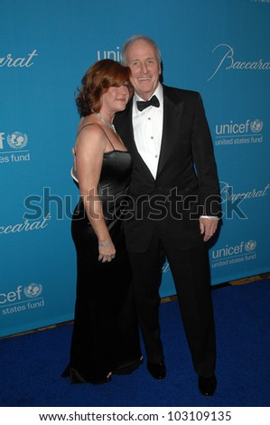 Jerry Weintraub at the 2009 UNICEF Ball Honoring Jerry Weintraub, Beverly Wilshire Hotel, Beverly Hills, CA. 12-10-09