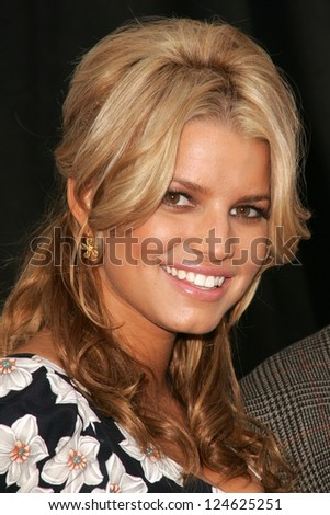 "Jessica Simpson at a press conference to announce Blockbuster Video's ""Total Access"" Service, Kodak Theater, Hollywood, California. November 2, 2006."
