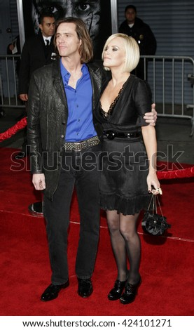 Jim Carrey and Jenny McCarthy at the Los Angeles premiere of 'The Number 23' held at the Orpheum Theater in Los Angeles, USA on February 13, 2007.
