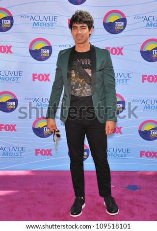 Joe Jonas at the 2012 Teen Choice Awards at the Gibson Amphitheatre, Universal City. July 23, 2012  Los Angeles, CA Picture: Paul Smith / Featureflash