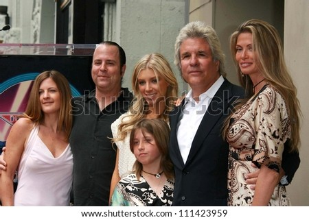 Jon Peters and Family  at the award ceremony honoring Jon Peters with a star on the Hollywood Walk of Fame. Hollywood Blvd., Hollywood, CA. 05-01-07