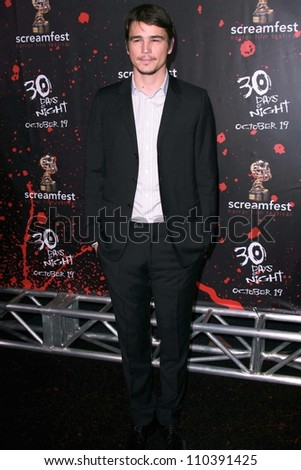 "Josh Hartnett at the Los Angeles Premiere of ""30 Days Of Night"". Grauman's Chinese Theatre, Hollywood, CA. 10-16-07 - stock photo"