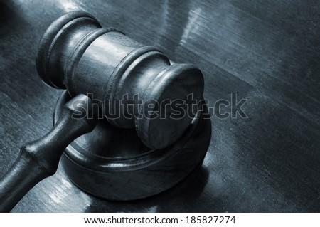 stock-photo-judge-s-gavel-on-table-18582