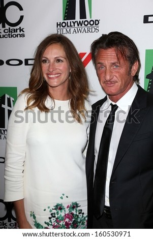 Julia Roberts and Sean Penn at the 17th Annual Hollywood Film Awards Backstage, Beverly Hilton Hotel, Beverly Hills, CA 10-21-13 - stock photo