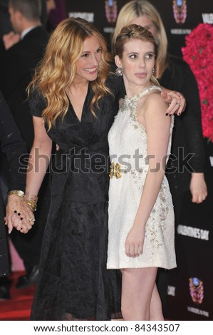 "Julia Roberts (left) & Emma Roberts at the world premiere of their new movie ""Valentine's Day"" at Grauman's Chinese Theatre, Hollywood. February 8, 2010  Los Angeles, CA By: Paul Smith / Featureflash"