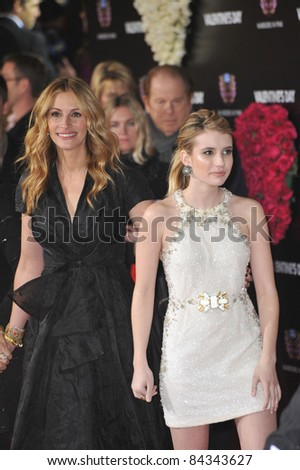 """Julia Roberts (left) & Emma Roberts at the world premiere of """"Valentine's Day"""" at Grauman's Chinese Theatre, Hollywood. 02-08-10  Los Angeles, CA Picture: Paul Smith / Featureflash - stock photo"""