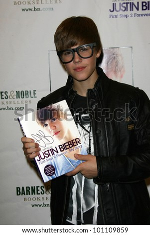 "Justin Bieber at in in-store to sign copies of ""Justin Bieber: First Step 2 Forever: My Story,"" Barnes and Noble, Los Angeles, CA. 10-31-10"