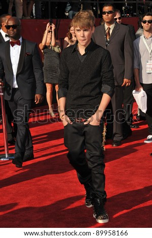 Justin Bieber at the 2011 ESPY Awards at the Nokia Theatre LA Live in downtown Los Angeles. July 13, 2011  Los Angeles, CA Picture: Paul Smith / Featureflash - stock photo