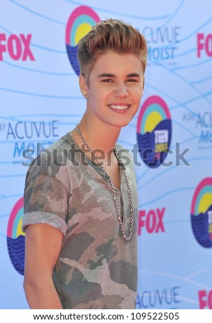 Justin Bieber at the 2012 Teen Choice Awards at the Gibson Amphitheatre, Universal City. July 23, 2012  Los Angeles, CA Picture: Paul Smith / Featureflash - stock photo