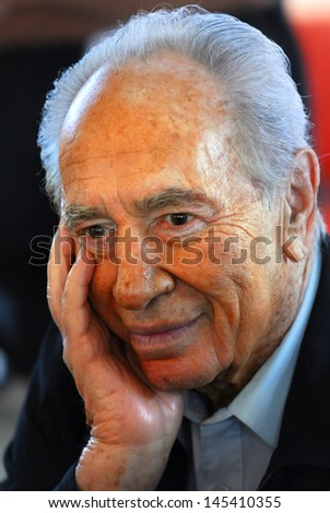 KAFAR AZA, ISR - JULY 15:Portrait of Shimon Peres  on July 15 2009.At the age of 90, Peres is currently the world's oldest head of a state.