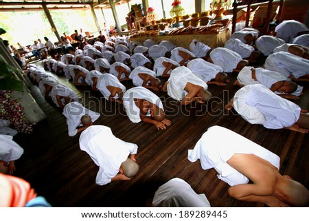 KANCHANABURI-THAILAND-APRIL 6 : Novice ordination ceremony of a summer tradition,Ancient for teach their children to have access to exodus as a child on April 6,2014 in Kanchanaburi,Thailand
