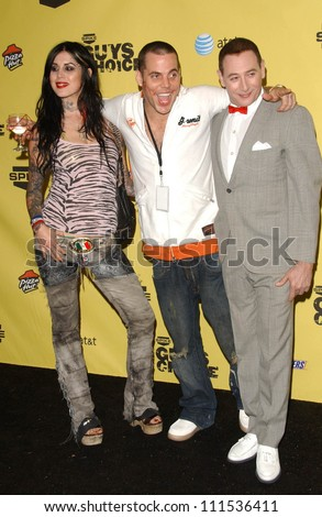 "Kat Von D with Steve-O and Paul Reubens in the press room at Spike TV's ""Guy Choice"" Awards. Radford Studios, Studio City, CA. 06-09-07"