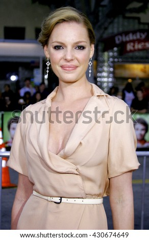 Katherine Heigl at the Los Angeles premiere of 'Knocked Up' held at the Mann Village Theatre in Westwood, USA on May 21, 2007. - stock photo