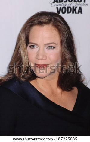 Kathleen Turner at the GLAAD Media Awards, NYC, 4/16/2001