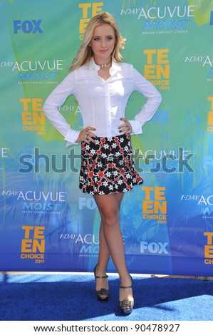 Kathryn Newton at the 2011 Teen Choice Awards at the Gibson Amphitheatre, Universal Studios, Hollywood. August 7, 2011  Los Angeles, CA Picture: Paul Smith / Featureflash