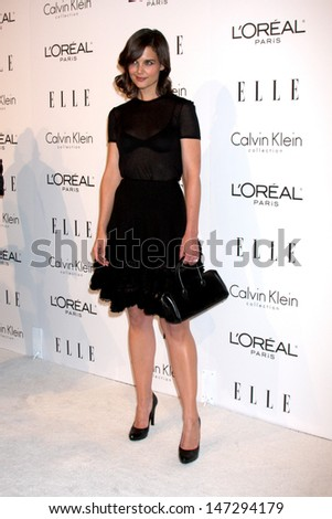Katie Holmes arriving at the 16th Annual Women in Hollywood Tribute Sponsored by ELLE Beverly Hilton Hotel Los Angeles,  CA October 19, 2009 - stock photo