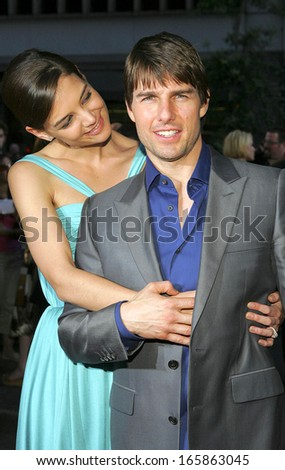 Katie Holmes, Tom Cruise at US Premiere of WAR OF THE WORLDS, The Ziegfeld Theatre, New York, NY, June 23, 2005