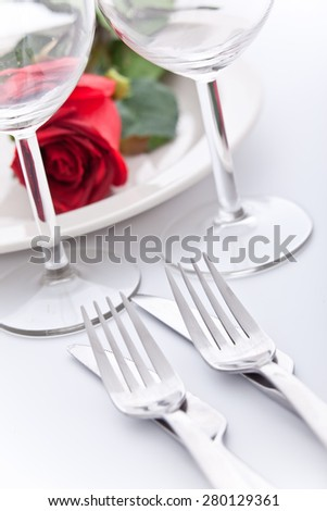 Kattaus kahdelle ||| Set the table for two - stock photo