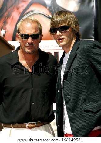 Kevin Costner, Ashton Kutcher at the induction ceremony for Kevin Costner's hand and footprint ceremony, Grauman's Chinese Theatre, Hollywood, CA, September 06, 2006