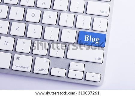 Keyboard with Blog Button