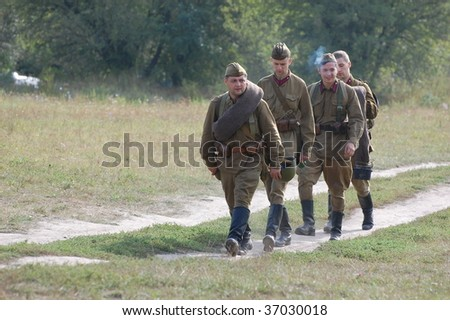 KIEV, UKRAINE - SEPT 6, : Members of a history club wear historical Soviet uniforms as they participates in  WWII reenactment.Defense Kiev in 1941. September 6 , 2009 in Kiev, Ukraine