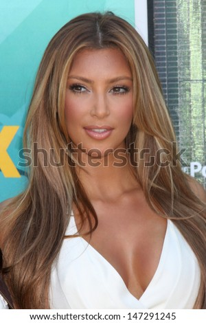 Kim Kardashian  arriving  at the Teen Choice Awards 2009 at Gibson Ampitheater at Universal Studios, Los Angeles, CA  on August 9,  2009 - stock photo