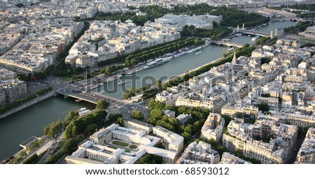 Kind to Paris from Tour d'Eiffel height. Town scape from above