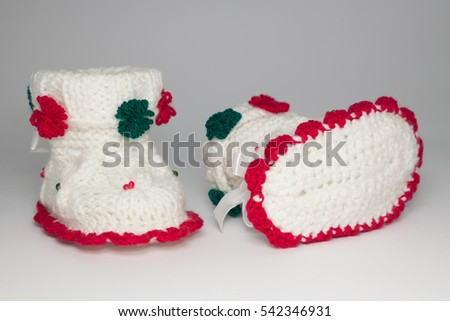 knitted wool shoes for young children