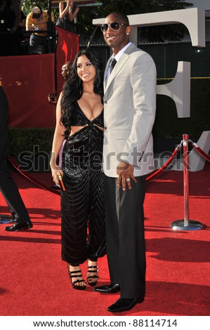 Kobe Bryant & wife Vanessa Bryant at the 2009 ESPY Awards at the Nokia L.A. Live Theatre, Los Angeles. July 15, 2009  Los Angeles, CA Picture: Paul Smith / Featureflash - stock photo