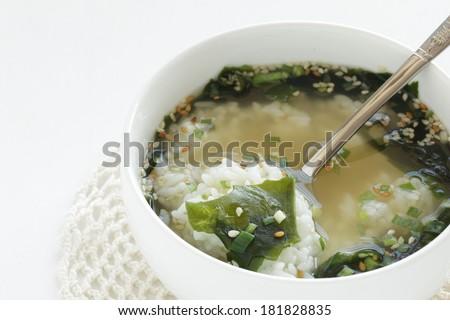 how to cook korean seaweed soup