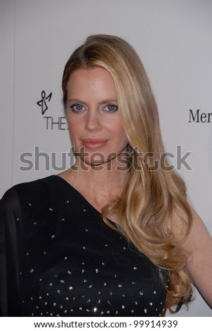 "Kristin Bauer  at the 2011 Art Of Elysium ""Heaven"" Gala, Annenberg Bldg., California Science Center, Los Angeles, CA. 01-15-11"