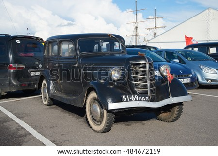 KRONSTADT, RUSSIA - SEPTEMBER 04, 2016: Soviet car GAZ 11-73 1940 release on the exhibition and parade of retro cars