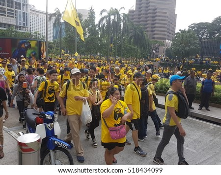 KUALA LUMPUR, MALAYSIA - 19 NOV 2016: Thousands of Bersih 5 protesters in yellow t-shirt on streets.