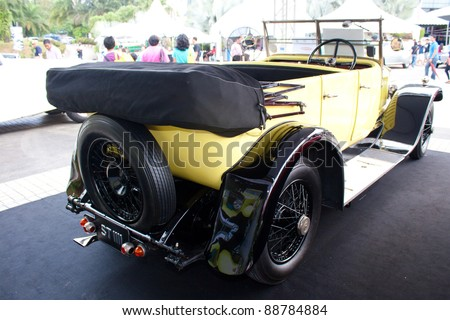 KUALA LUMPUR-NOV 13: A 1926 Rolls Royce Connaught Tourer on display at Asia Klasika Malaysia International Vintage & Classic Car Concours COTY2U Autoshow on November 13, 2011 in Kuala Lumpur, Malaysia