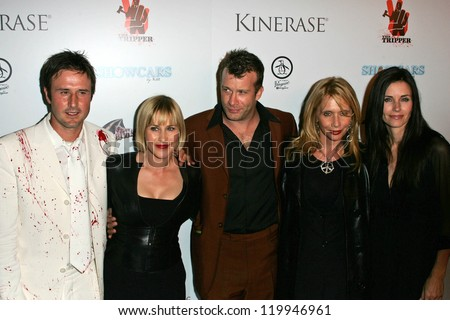 "L-R David Arquette, Patricia Arquette, Thomas Jane, Rosanna Arquette, and Courteney Cox at the World Premiere of ""The Tripper"". Mann Chinese 6, Hollywood, CA. 10-13-06"