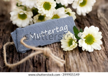 Label with german text: Mother's day