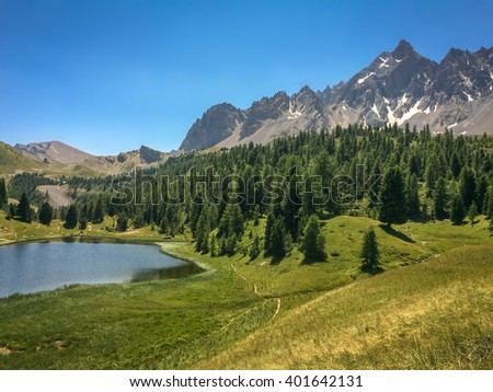 Queyras stock photos royalty free images vectors for Lac miroir queyras