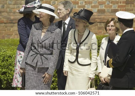 Ladies with hats awaiting arrival of Her Majesty Queen Elizabeth II in front of Governor's Palace in Williamsburg, Virginia, May 4, 2007 - stock photo