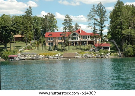 Lake Front mansion on Skaneateles Lake, Finger Lakes region of upstate New York.