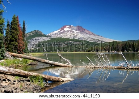 Lake Sparks in the cascades of Oregon - stock photo