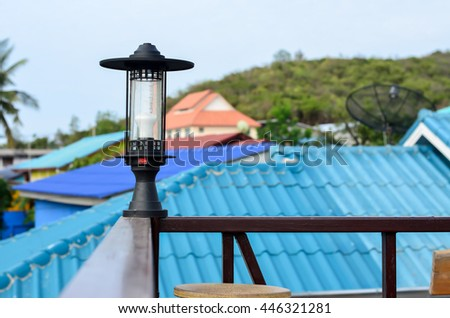 lamp on roof
