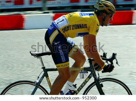 Lance Armstrong 5 minutes from winning record 6th Tour de France - 2004 - stock photo